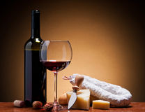 Wine, hard cheese and salami Royalty Free Stock Image