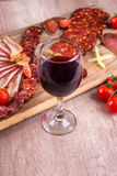 Wine och mat Fotografering för Bildbyråer