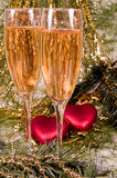 wineglass för champagnejulgarnering två Royaltyfri Bild