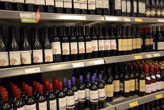 WINES AT WINE STORE Royalty Free Stock Photos