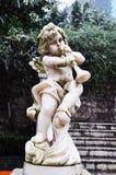 Winkel-Statue im verschneiten Winter Stockfotografie