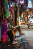 Winkelarbeiders in Katmandu, Nepal Royalty-vrije Stock Foto