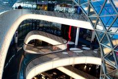 Winkelcentrum. Het binnenland van de luxe Stock Afbeelding