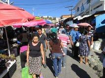 Winkelen het van het laatste ogenblik in Chilpancingo Stock Foto