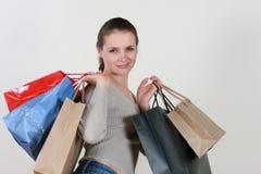 Winkelende mooie vrouw Royalty-vrije Stock Foto's
