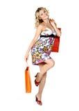 Winkelende sexy vrouw stock foto