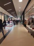 Winkelende Stad Satu Mare die 05/12/2018 Roemenië openen royalty-vrije stock afbeelding