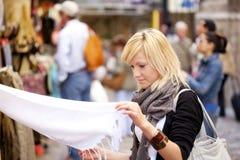 Winkelende turist Royalty-vrije Stock Foto's