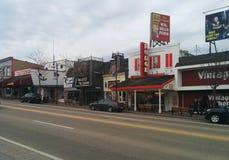Winkels en aantrekkelijkheden in Dells van de binnenstad van Wisconsin stock afbeelding