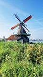 Winmills em Zaanse Schans, os Países Baixos Imagem de Stock Royalty Free