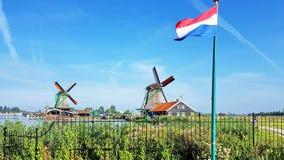 Winmills in Zaanse Schans, die Niederlande stockfotos