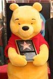 Winnie, die pfui an der Zeremonie ehrt das Disney-Zeichen mit einem Stern auf dem Hollywood-Weg des Ruhmes ist. Hollywood-Prachtst Lizenzfreie Stockfotos