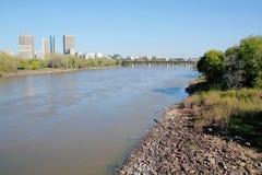 Winnipeg en de Rode Rivier stock fotografie