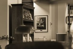 Winnipeg, Manitoba, Canada - 2014-11-21 : Une partie de l'intérieur de la bibliothèque de législature de Manitoba La bibliothèque Photo stock