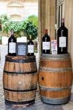 Wino degustacja przy bordami Obraz Royalty Free
