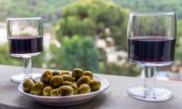 Wino i oliwki Zdjęcie Stock