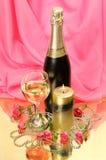 Wino i róże zdjęcia royalty free