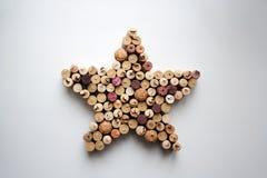 Wino korków gwiazdy kształtny skład od above zdjęcia royalty free