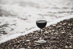 Wino na plaży Obrazy Royalty Free