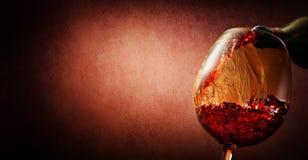 Wino na textured tle Obrazy Stock