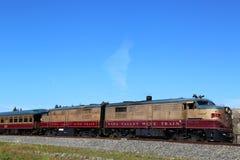 Wino pociąg w Napie. Ja jest wycieczkowym pociągiem który biega między Napą Helena i St, Kalifornia Fotografia Stock