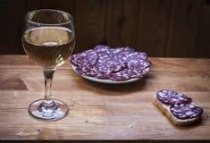 Wino Riesling w szkle Obrazy Royalty Free
