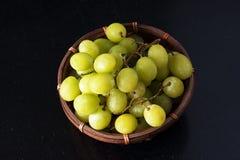 Winogrona w koszu Obraz Royalty Free