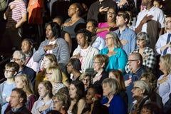 WINSTON-SALEM, NC - 27 OKTOBER, 2016: Verdedigers van Democratische presidentiële kandidaat Hillary Clinton en de Presidentsvrouw Stock Fotografie