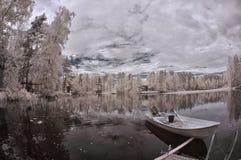Winter湖和小船 库存照片