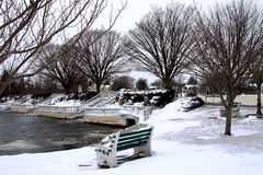 Winter am Argyle See in Babylon-Dorf Lizenzfreie Stockbilder