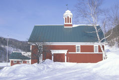 Winter barn in VT Royalty Free Stock Photos