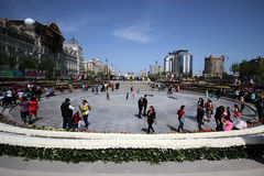 Winter-Boulevardpark in Baku-Stadt Stockfotos