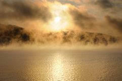 Free Winter Cold Foggy Dawn On The Yenisei River Stock Photography - 133663162