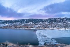 Winter dawn over mountain lake Royalty Free Stock Photography