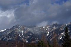 Winter in den Bergen CiucaÅŸ Stockbilder