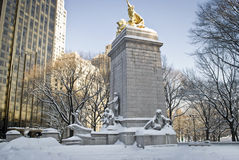 Winter-Denkmal Central Park Lizenzfreie Stockfotos