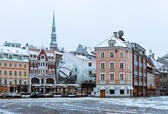 Winter in der Mitte von altem Riga, Lettland lizenzfreie stockfotografie