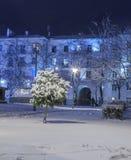 Winter in der Nachtstadt Lizenzfreie Stockbilder