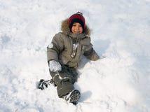 Winter des kleinen Jungen Stockfoto