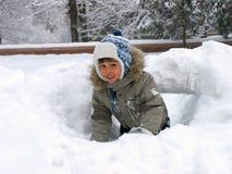 Winter des kleinen Jungen Lizenzfreie Stockfotos