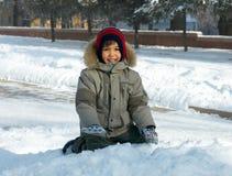 Winter des kleinen Jungen Lizenzfreies Stockfoto