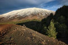 Winter Etna Mount, Sizilien stockfotos