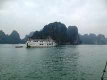 Winter in Halong-Bucht, Vietnam, Asien Lizenzfreies Stockfoto