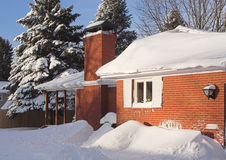Winter-Haus Lizenzfreie Stockfotos