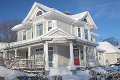 Winter-Haus Stockfotos