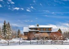 Winter-Haus in McCall Idaho lizenzfreie stockbilder