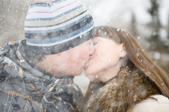 Winter kiss Royalty Free Stock Images