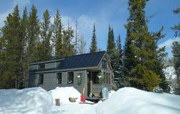 Winter-kleines Haus Stockfotos