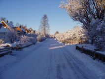 Winter-Kleinstadtstraße Stockfotografie