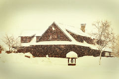 Winter house, winter landscape Royalty Free Stock Photos